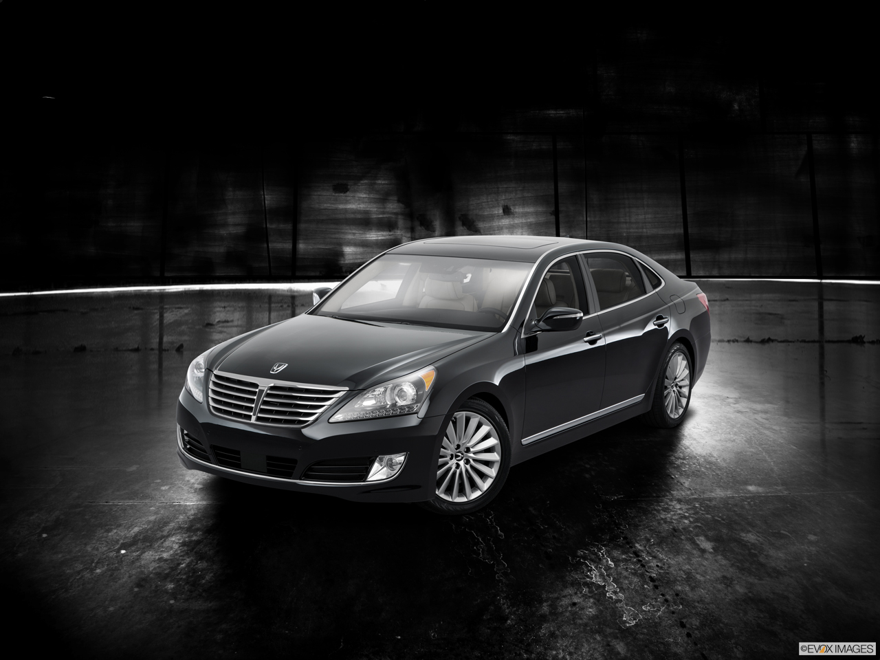 Exterior View Of 2016 Hyundai Equus in Tracy