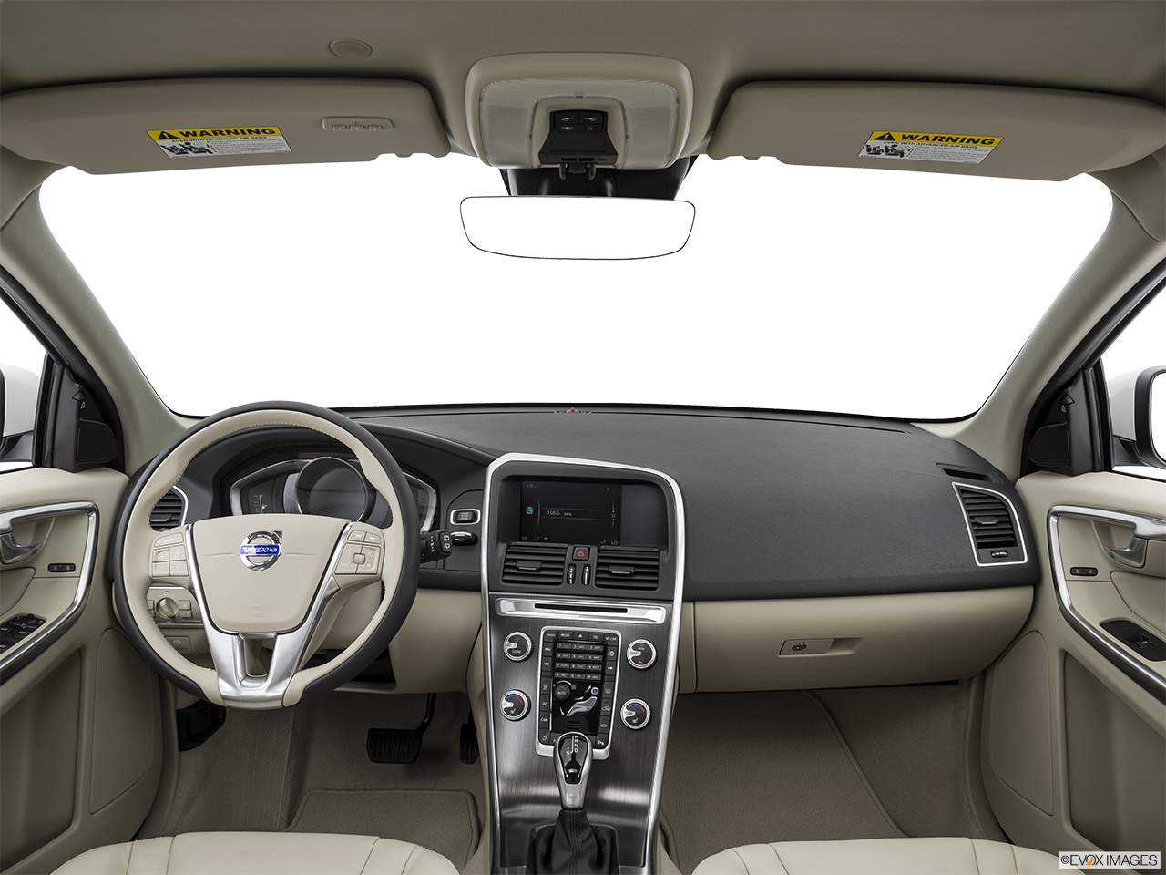 Interior View Of 2016 Volvo XC60 in Los Angeles