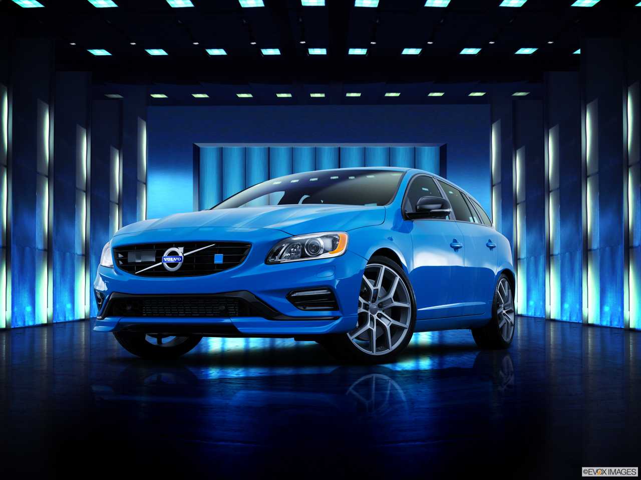 Exterior View Of 2016 Volvo V60 in Los Angeles