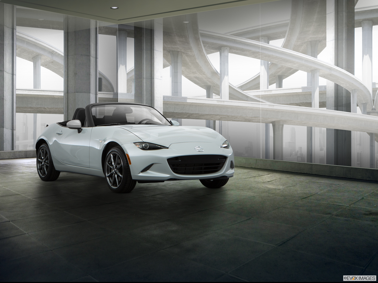 Exterior View Of 2016 Mazda MX-5 Miata in Los Angeles