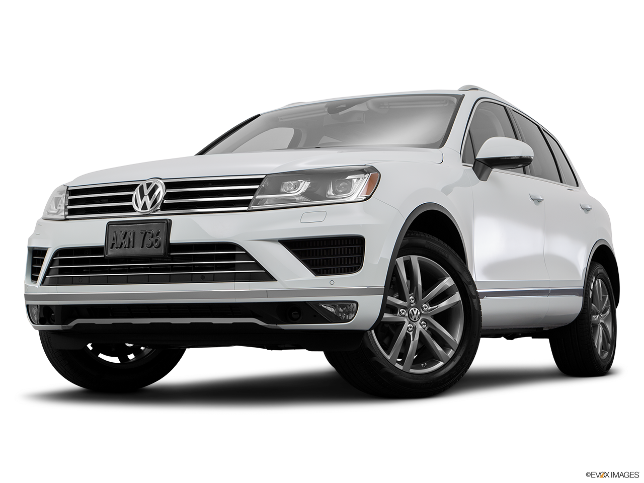 Exterior View Of 2016 Volkswagen Touaregin Los Angeles