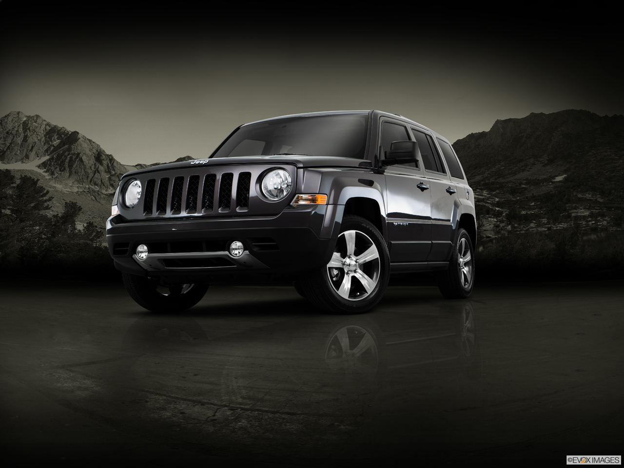 Exterior View Of 2016 Jeep Patriot in Tracy