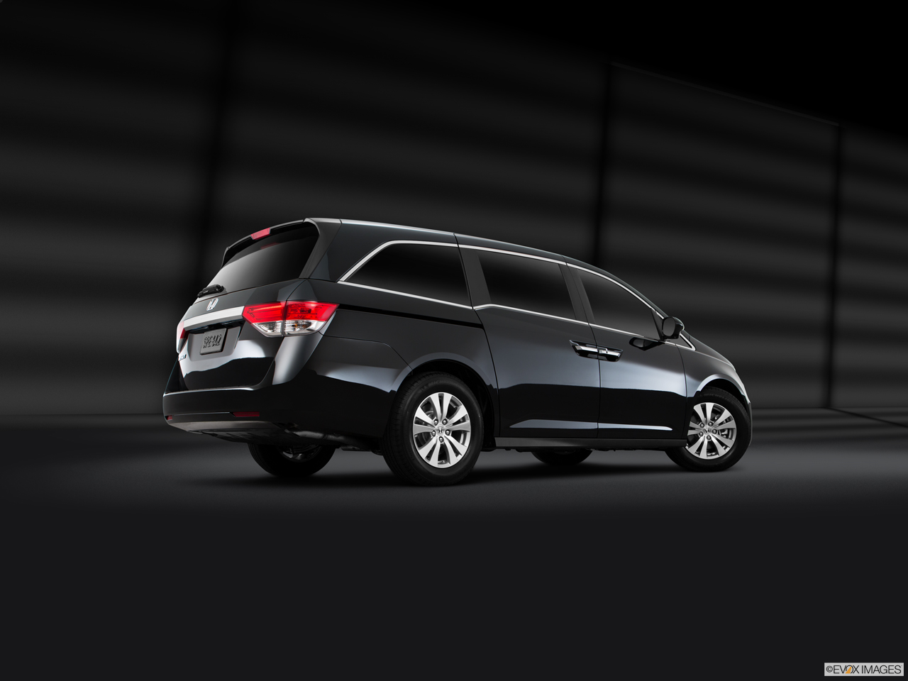Exterior View Of 2016 Honda Odyssey in San Bernardino