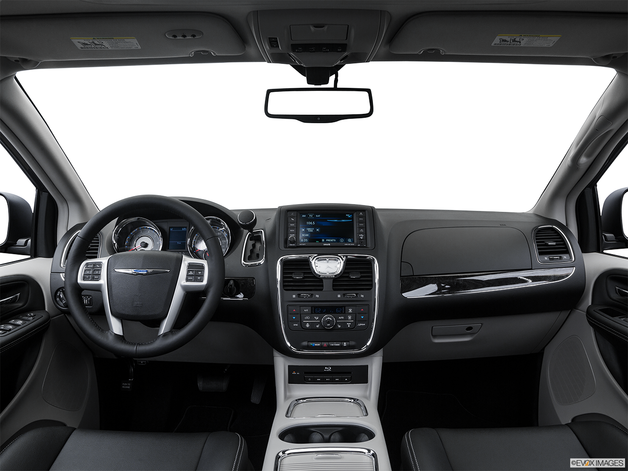 Interior View Of 2016 Chrysler Town and Country in Yuba City