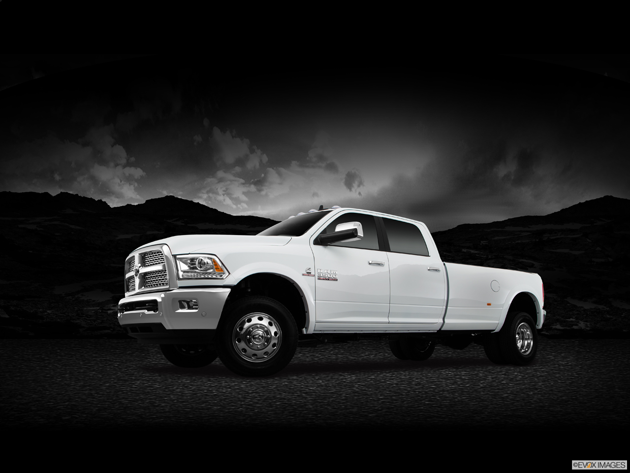 Exterior View Of 2016 RAM 3500 DRW in Cherry Hill
