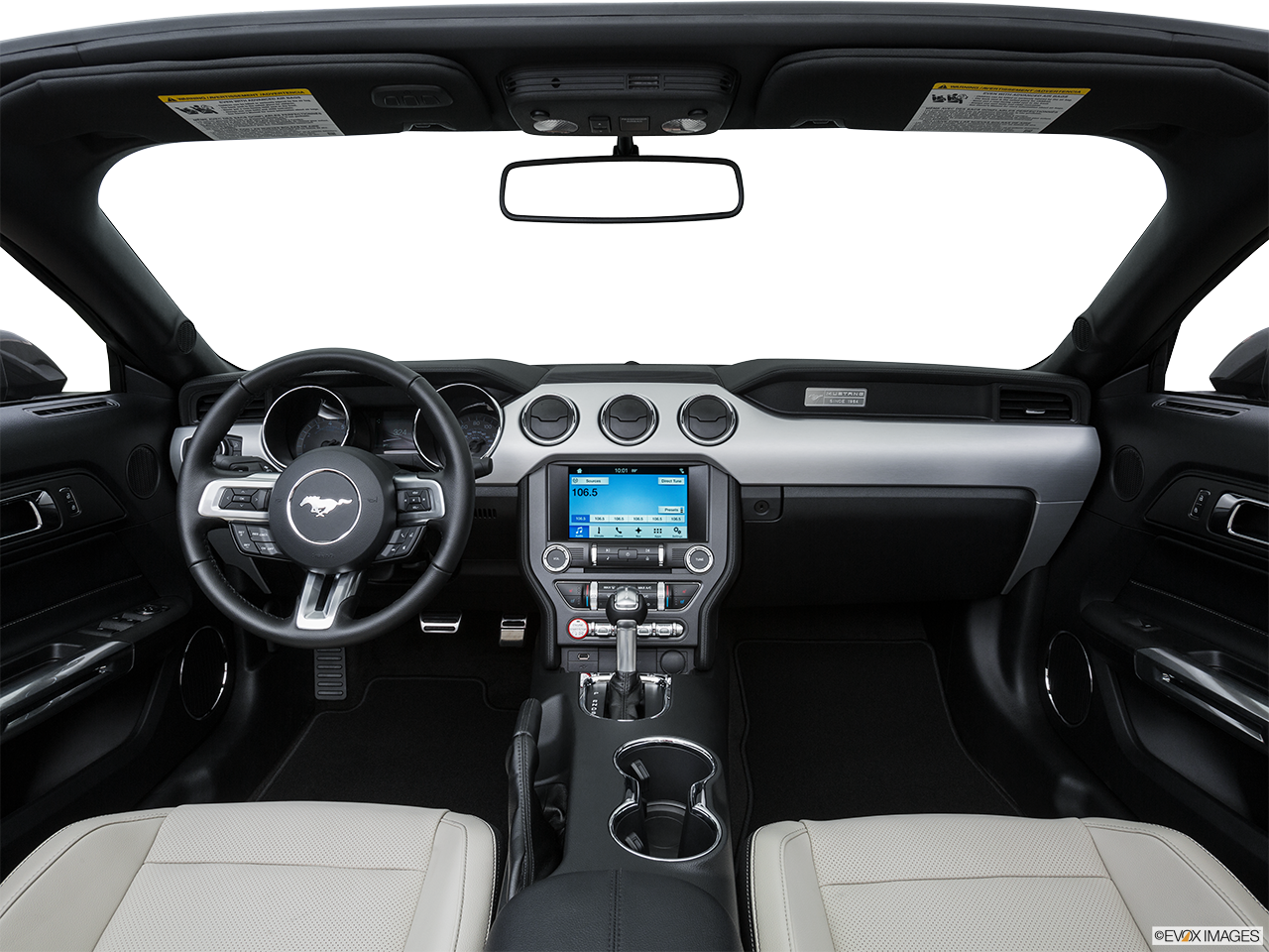 Interior View Of 2016 Ford Mustang in Harrisburg