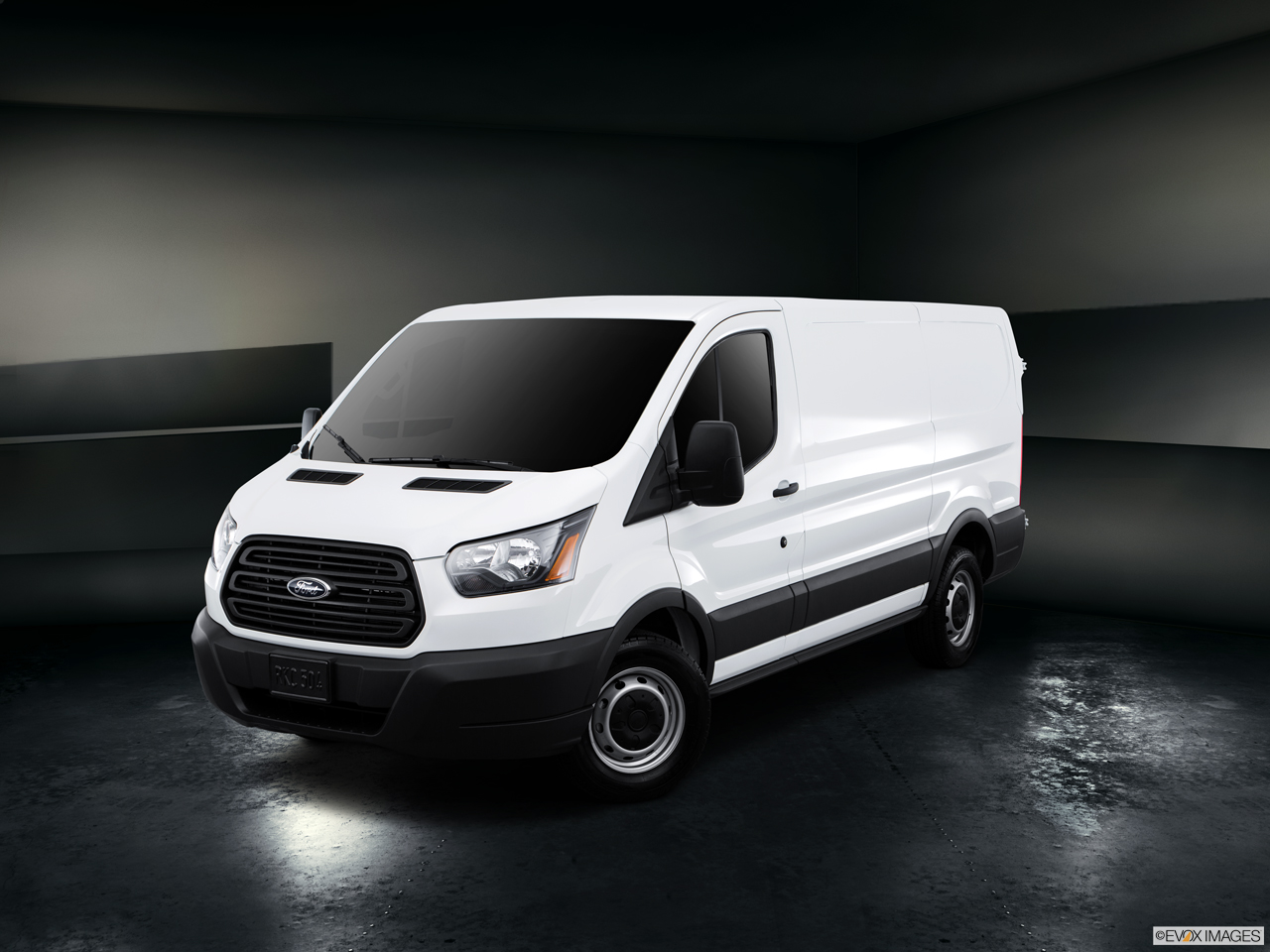 Exterior View Of 2017 Ford Transit in Kilgore
