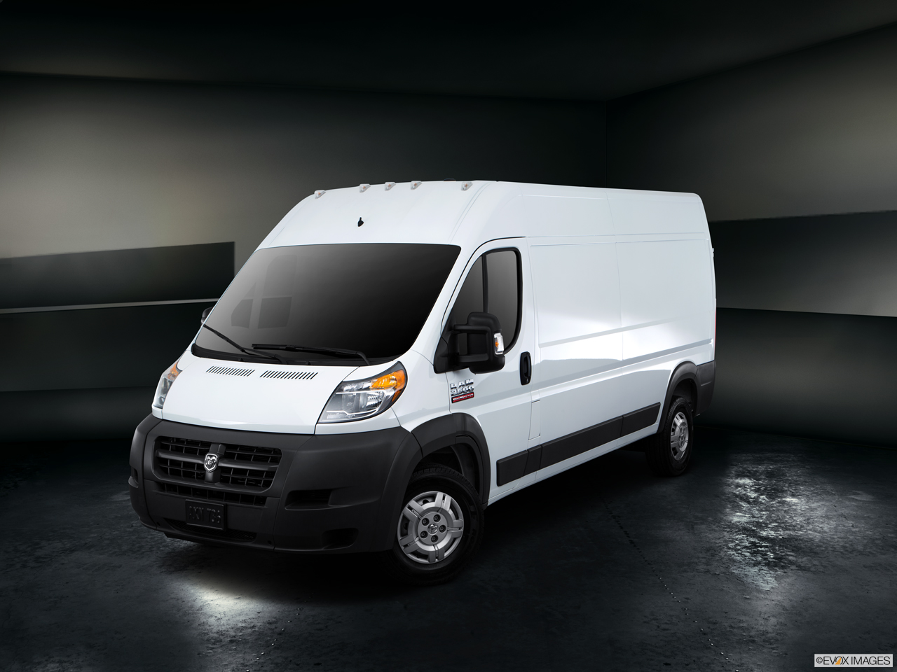 Exterior View Of 2016 RAM ProMaster in West Palm Beach