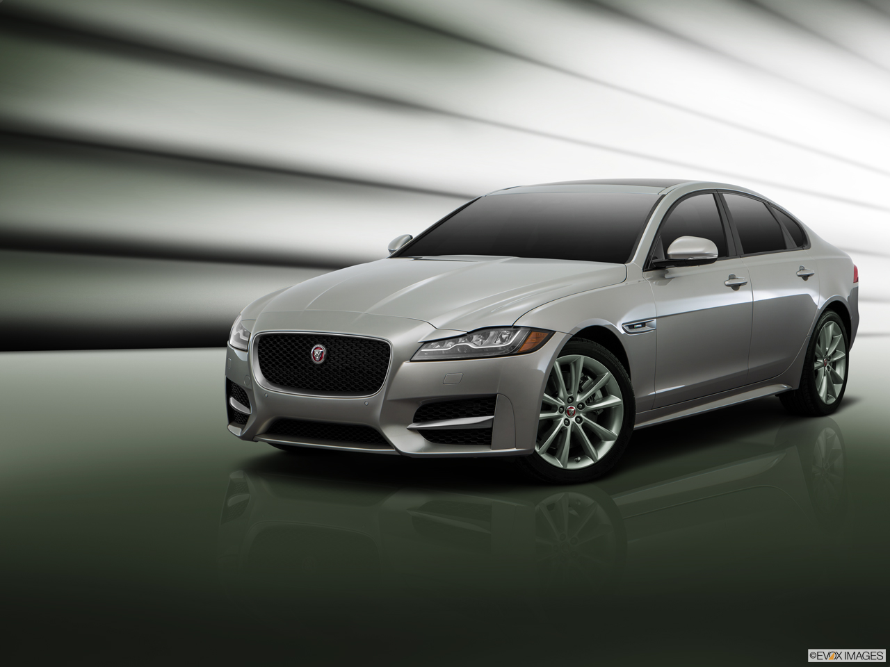 Exterior View Of 2016 Jaguar XF in Los Angeles