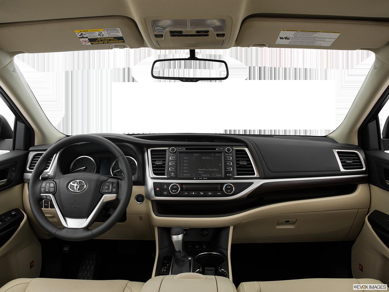 Interior View Of 2016 Toyota Highlander in Sacramento