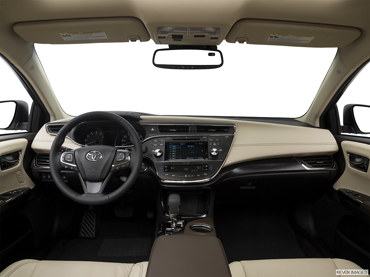 Interior View Of 2016 Toyota Avalon in Sacramento