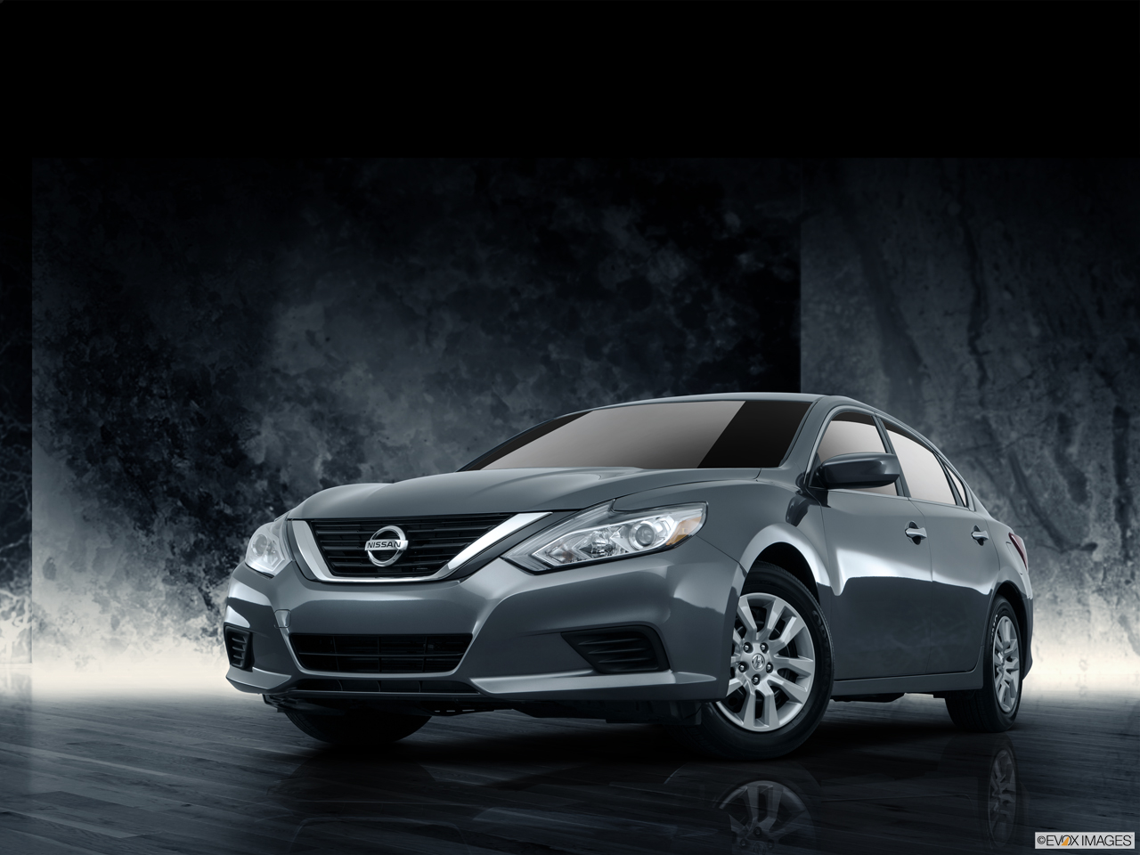 Exterior View Of 2016 Nissan Altima in Ontario