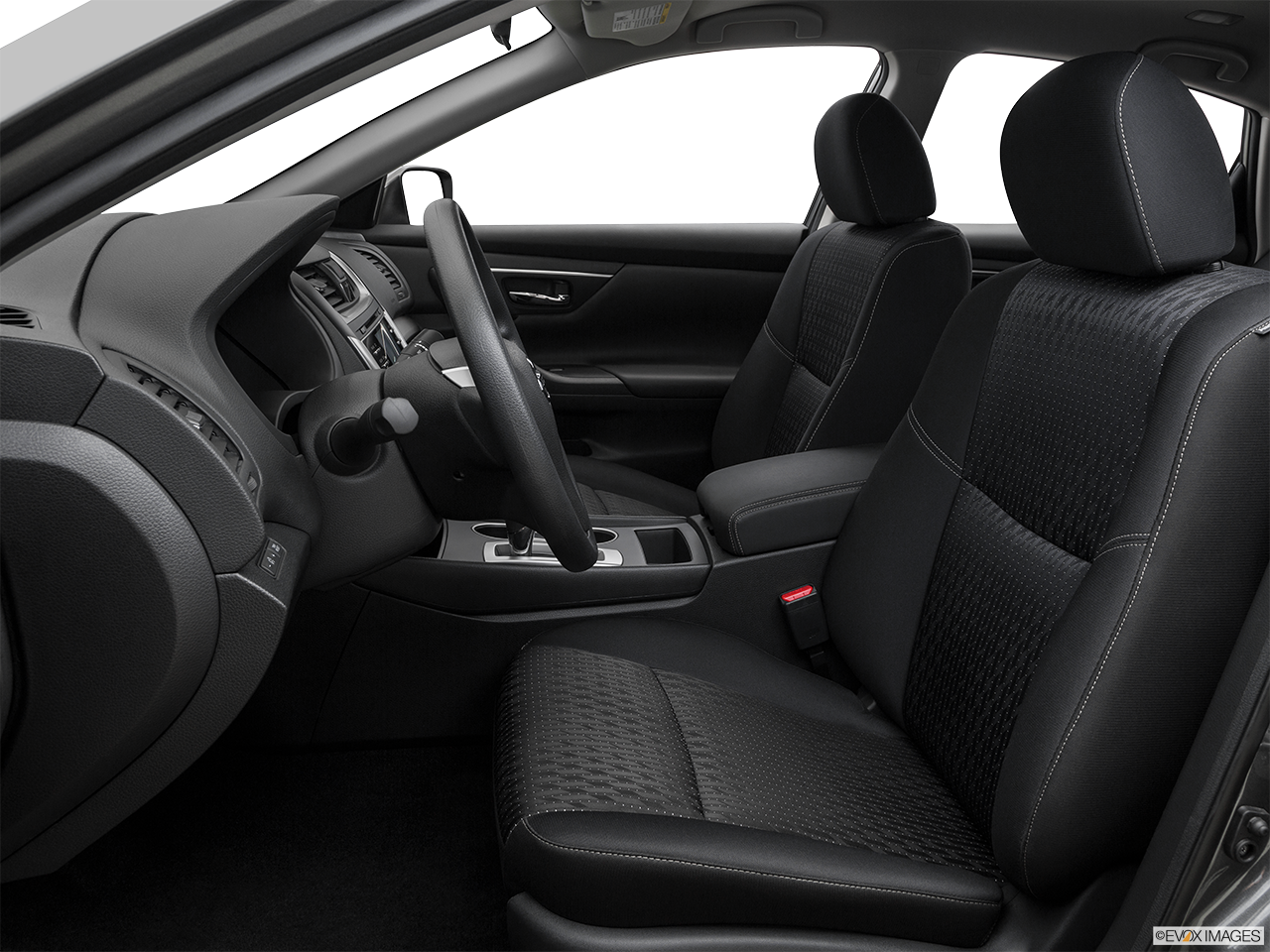 Research The 2016 Nissan Altima in Ontario
