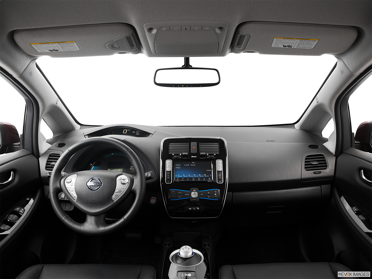 Interior View Of 2016 Nissan LEAF in Ontario
