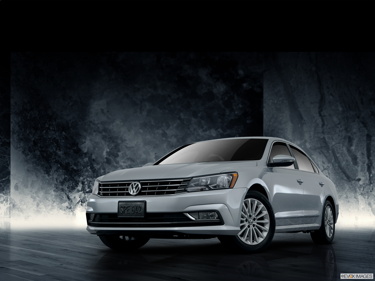 Exterior View Of 2016 Volkswagen Passat in Newport News