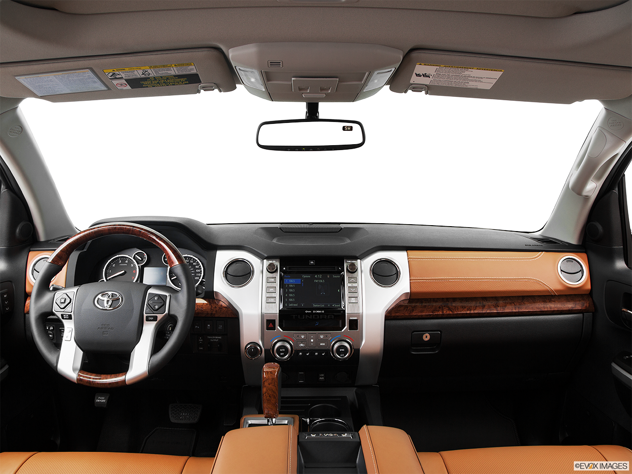 Interior view of 2016 toyota tundra in tustin