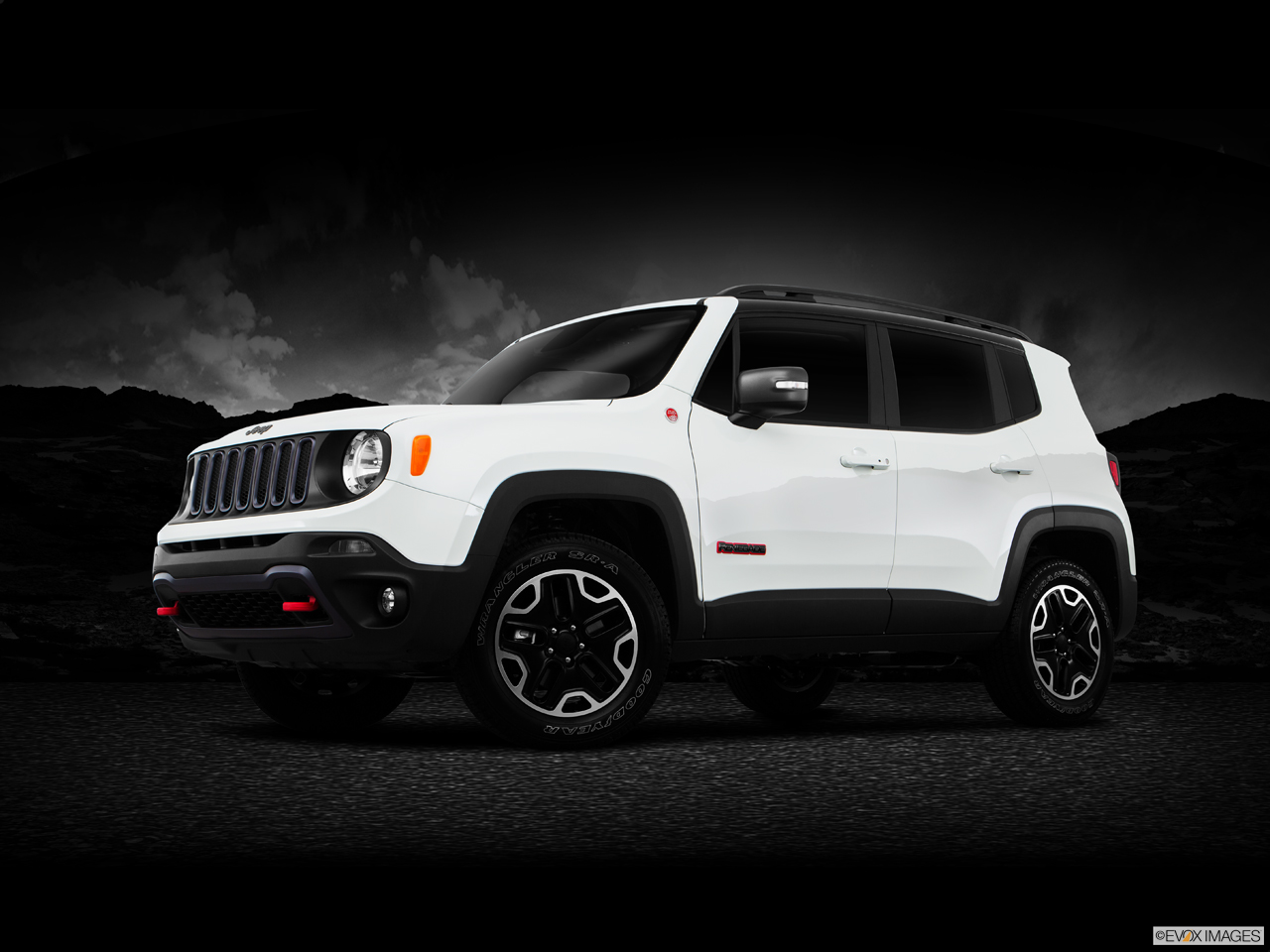 Exterior View Of 2016 Jeep Renegade in San Bernardino