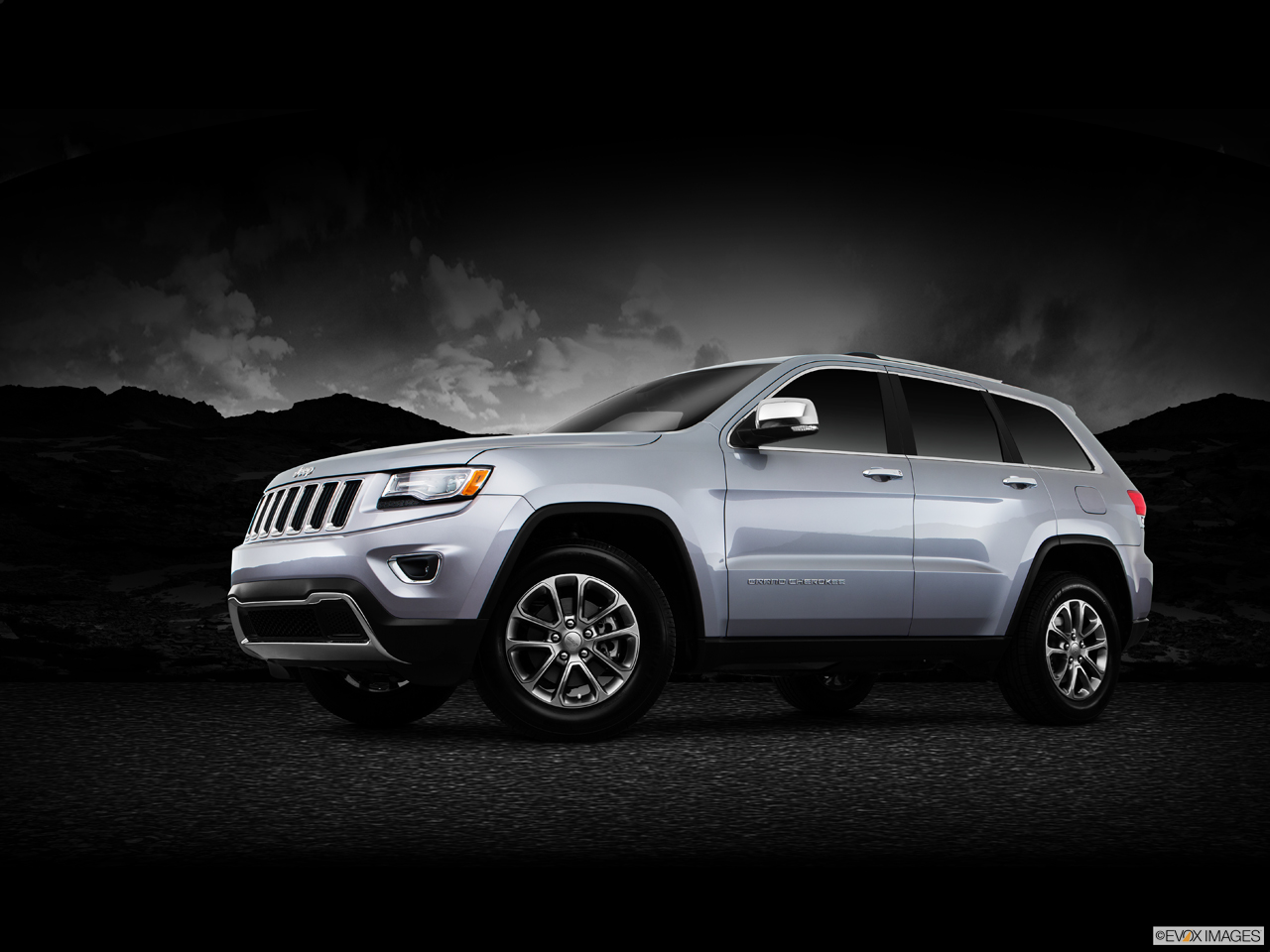 Exterior View Of 2016 Jeep Grand Cherokee in Tracy