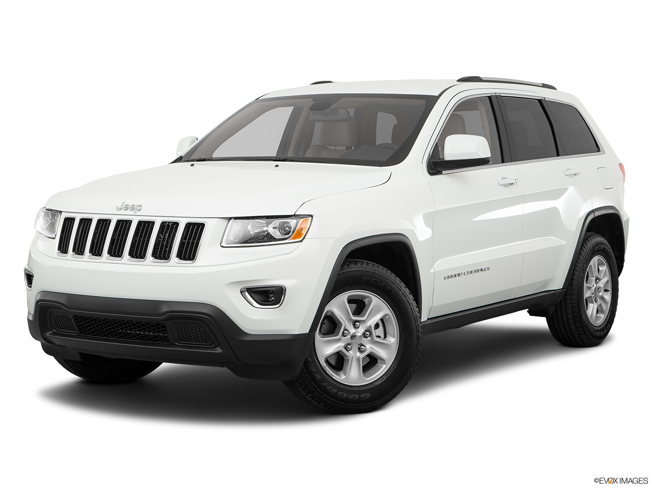 Test Drive A 2016 Jeep Grand Cherokee at Cherry Hill Dodge Chrysler Jeep RAM in Cherry Hill