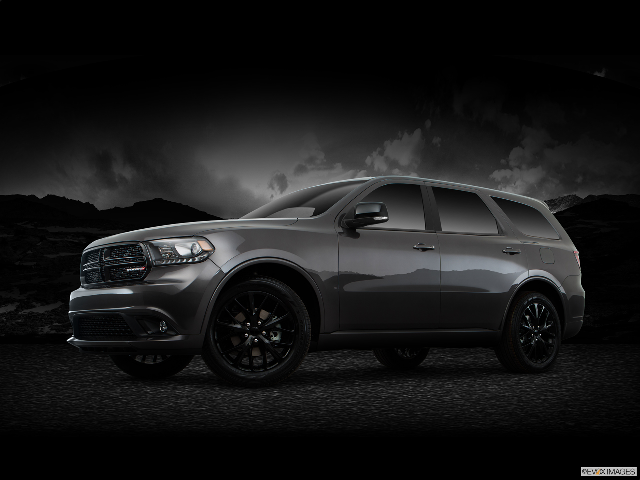 Exterior View Of 2016 Dodge Durango in Tracy