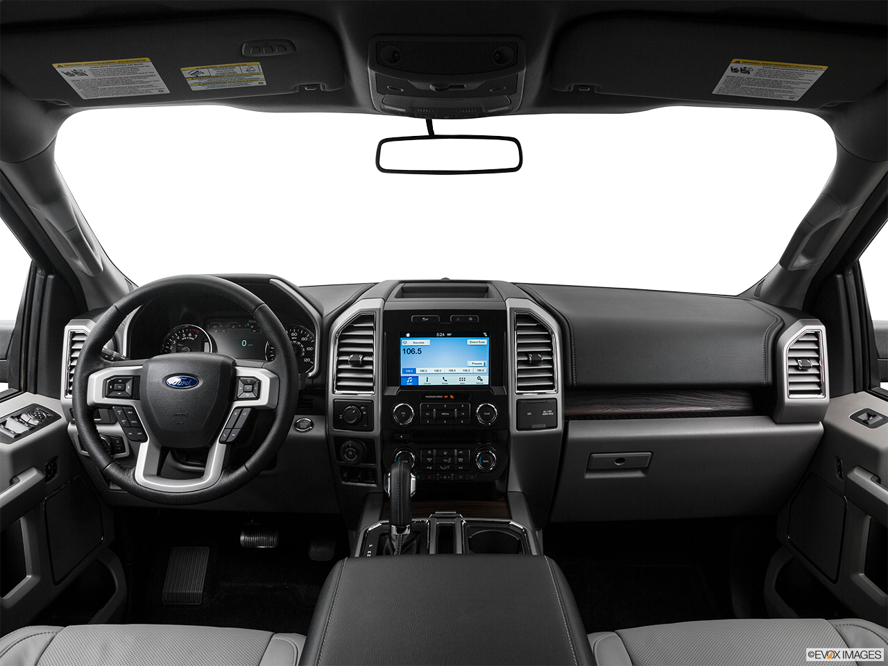 Interior View Of 2016 Ford F-150 in Huntington Beach