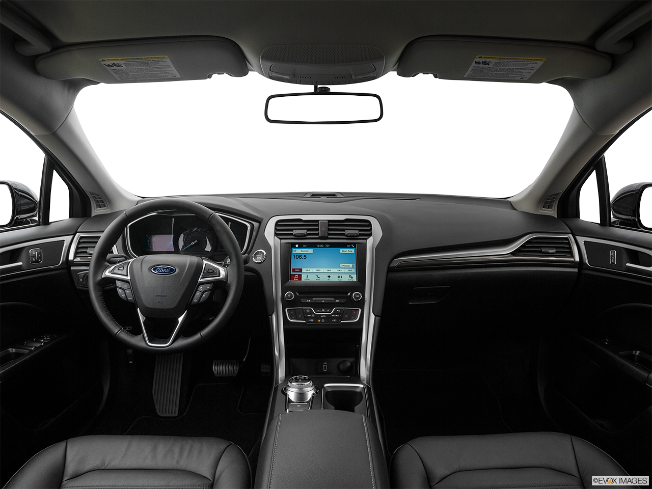 Interior View Of 2017 Ford Fusion in Los Angeles
