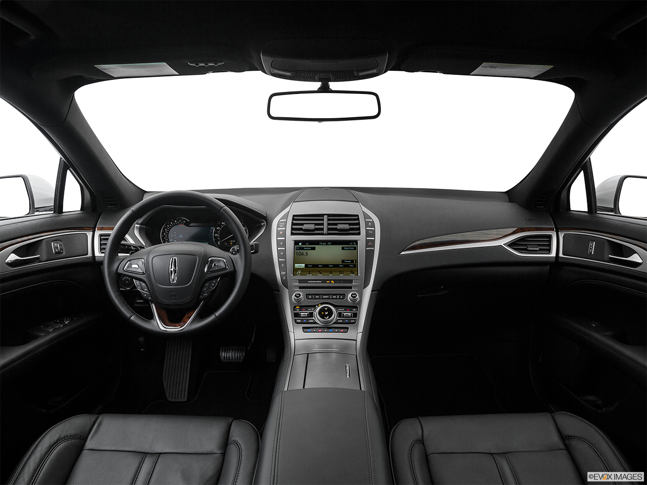 Interior View Of 2017 Lincoln MKZ in Los Angeles