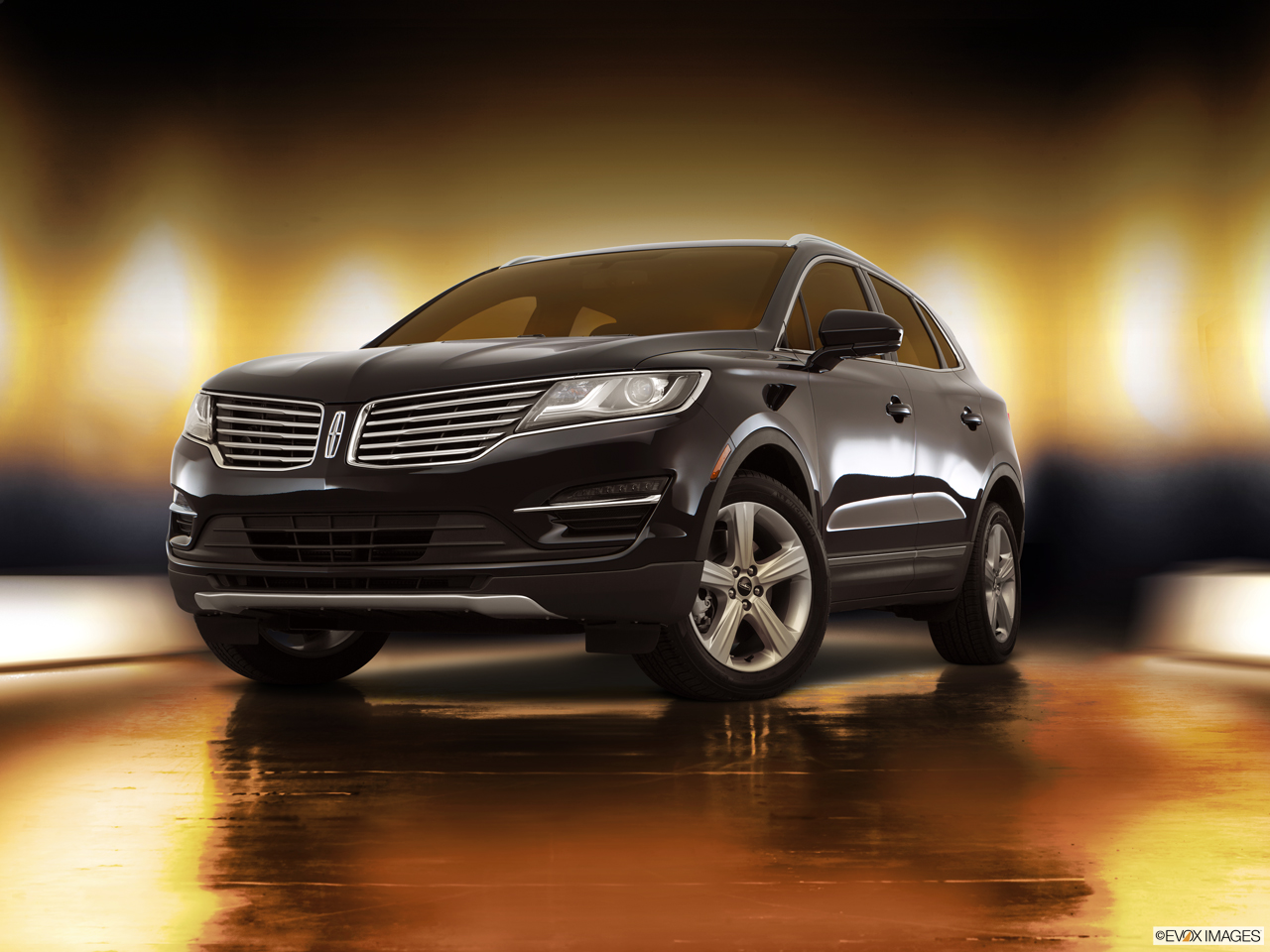 Exterior View Of 2017 Lincoln MKC in Sunnyvale