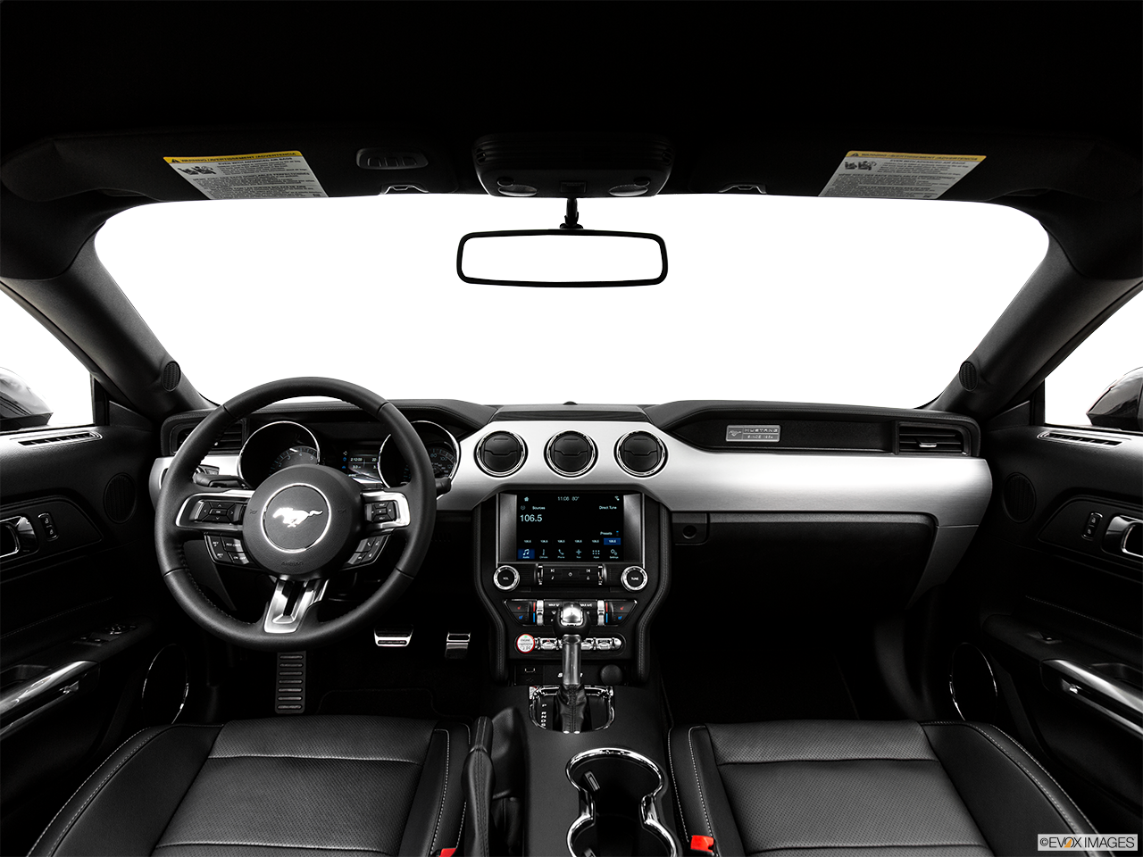 Interior View Of 2017 Ford Mustang in Los Angeles