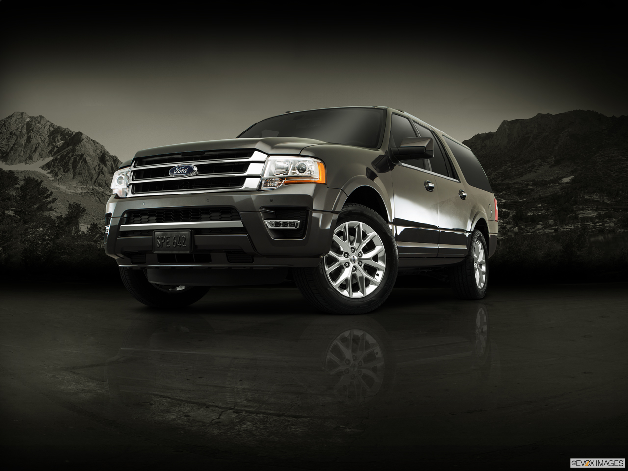Exterior View Of 2017 Ford Expedition EL in Huntington Beach