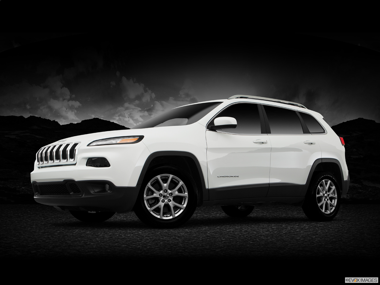 Exterior View Of 2017 Jeep Cherokee in La Mesa