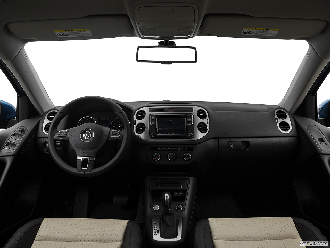 Interior View Of 2017 Volkswagen Tiguan in Newport News
