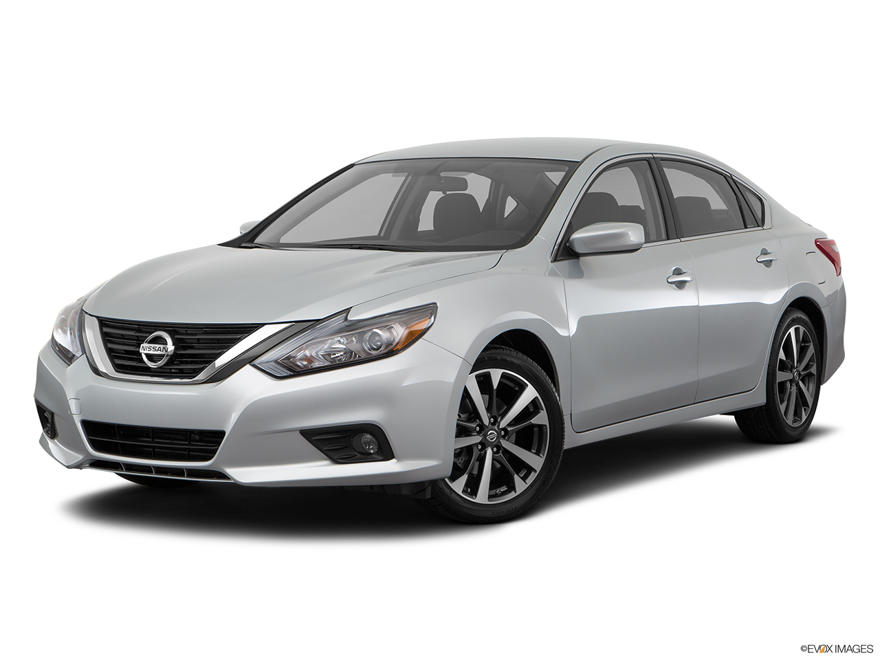 Test Drive A 2017 Nissan Altima® at Palm Springs Nissan