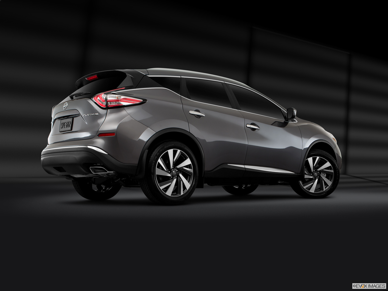 Exterior View Of 2017 Nissan Murano in Ontario