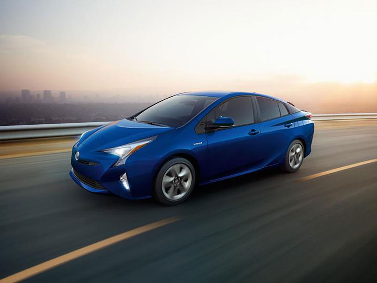 Exterior View Of 2016 Toyota Prius in Sacramento