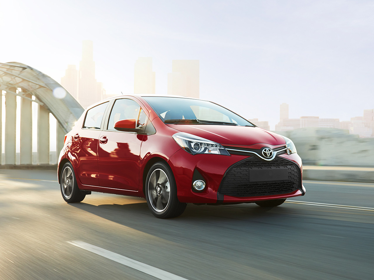 Exterior View Of 2017 Toyota Yaris in Madera